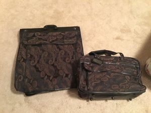 Pierre Cardin duffle hand luggage and garment bag for Sale in Doral, FL