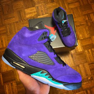 DS Air Jordan Retro 5 Alternate Grape for Sale in Trinity, NC