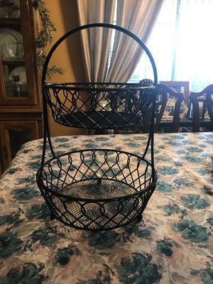 Black metal fruit or other basket for Sale in Carson, CA