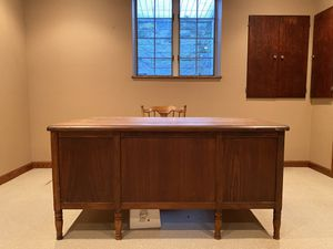Solid wood desk for Sale in Murrysville, PA