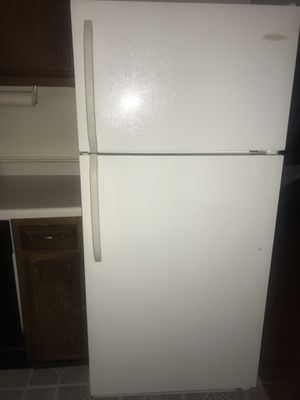 **NEED TO SELL ASAP** Frigidaire Refrigerator for Sale in Fort Washington, MD