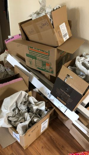 Free moving boxes for Sale in Sacramento, CA