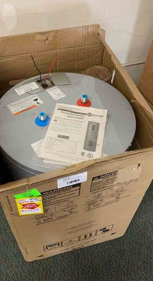 NEW AO SMITH WATER HEATER WITH WARRANTY 38 gallons REP for Sale in Plano, TX