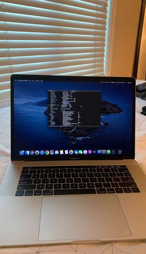 MacBook Pro 2016 15 inch for Sale in Santa Clara, CA
