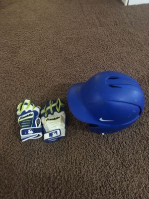 Nike swingman baseball helmet and franklin baseball gloves for Sale in Pittsburgh, PA