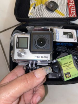 Go pro hero4 + whole package & SD card for Sale in Tamarac, FL