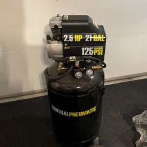 Central Pneumatic Air Compressor for Sale in Happy Valley, OR