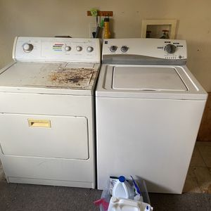 Electric Whirlpool Dryer/Electric Kenmore Washer. for Sale in Hammonton, NJ