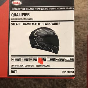 Bell Motorcycle Helmet (Size Large) for Sale in Keller, TX