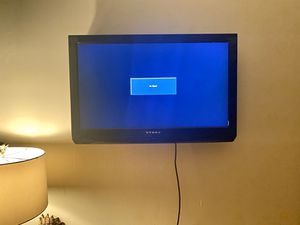 "Dynex - 32"" LCD TV 720p - DVD Combo for Sale in San Antonio, TX"