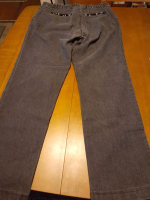 Size 10 Black denim Women's pants Clean for Sale in San Diego, CA