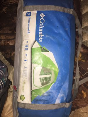 Columbia pinewood 8 tent never set up I opened it to see if it was all there packed it up make offer cheap for Sale in Marion, IN