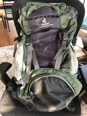 Hiking/Traveling backpack $120 (50% off) for Sale in Chicago, IL