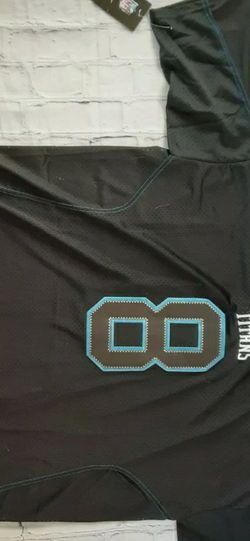 Brand New Nike Tennessee Titans Jersey for Sale in Joshua Tree,  CA