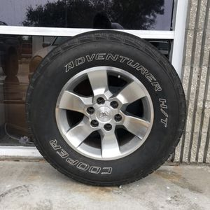 Toyota 4Runner Alloy Rims And Tires for Sale in Vero Beach, FL