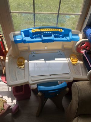 Step2 desk for Sale in Groveport, OH