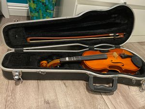 Beginners violin with case for Sale in Westminster, CA