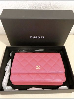 100% Authentic Like New Chanel Classic Wallet on Chain Pink Lamb Skin Leather Shoulder Bag for Sale in South El Monte, CA