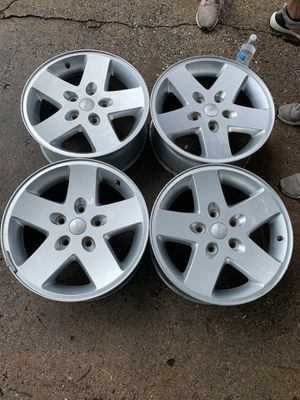 "17"" Jeep wheels for Sale in Houston, TX"