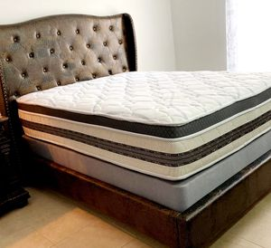 NEW QUEEN MATTRESS PILLOWTOP AND BOX SPRING 2 PC. BED FRAME IS NOT INCLUDED for Sale in Lake Worth, FL