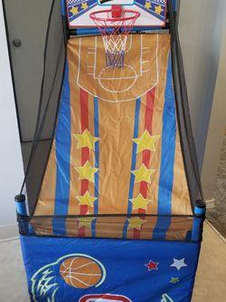 Keep score basketball hoop for Sale in Portland,  OR