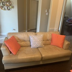 Couches 2 Pieces for Sale in San Antonio, TX