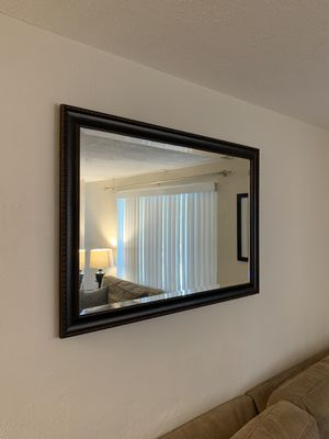 Wall mirror for Sale in New Port Richey, FL