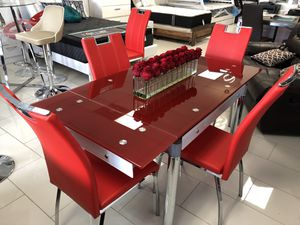 EXPANDABLE DINING TABLE SET ( table and 4 chairs, available also in white, black and grey ) for Sale in Hialeah, FL