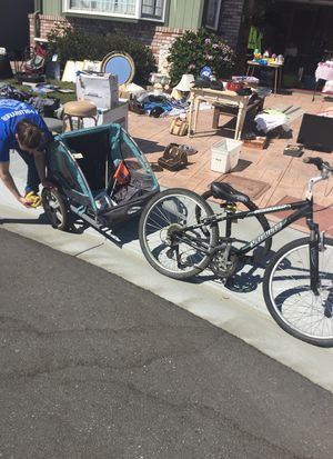 Specialized expedition bike with take two seat bicycle trailer serious buyers only for Sale in San Bruno, CA
