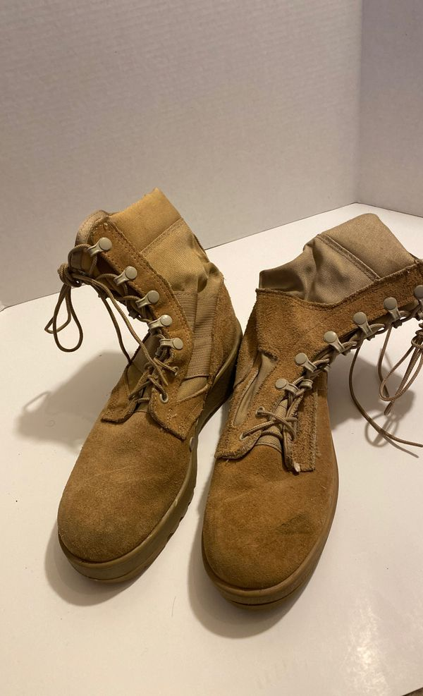 Work boots size US 5.5