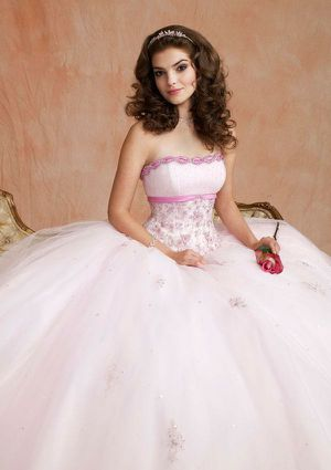 Quinceanera Dress / Sweet 16 Dress for Sale in Miami Gardens, FL