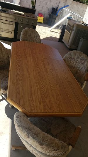 Kitchen table and chairs for Sale in Phoenix, AZ