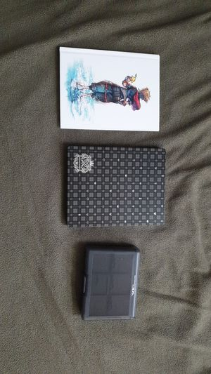 Kingdom hearts 3 art book and steel case for Sale in Princeton, TX