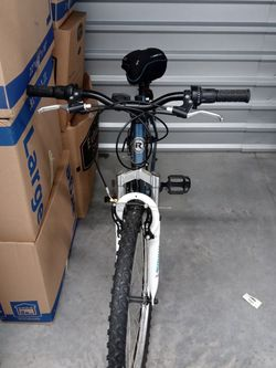 Bicycle In Good Condition for Sale in Dallas,  TX