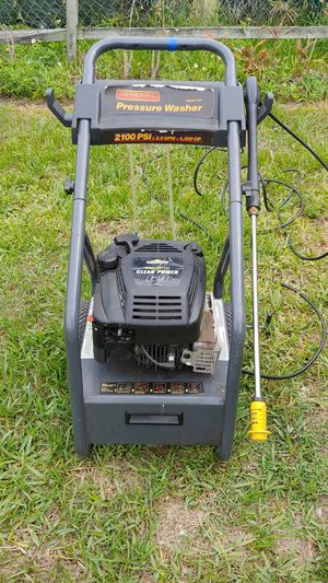 Pressure washer for Sale in Clermont, FL