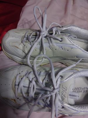 Shoes size 8.5 for Sale in Cape Coral, FL