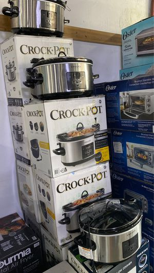 Crock-Pot 7-quart Cook & Carry Digital Countdown Slow Cooker, Stainless Steel Retail $39.99 for Sale in Rosemead, CA