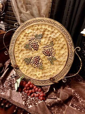 ‼️PLEASE SEND ME AN OFFER‼️ for my Beautiful and elegant decorative plates with stand. for Sale in Keller, TX