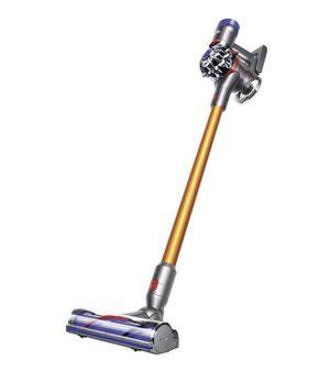 Dyson v8 vacuum for Sale in Dearborn, MI