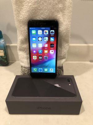 iPhone 8 Plus 256GB Black Verizon Unlocked for Sale in Hicksville, NY