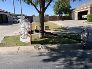 Basketball hoop for Sale in Gilbert, AZ