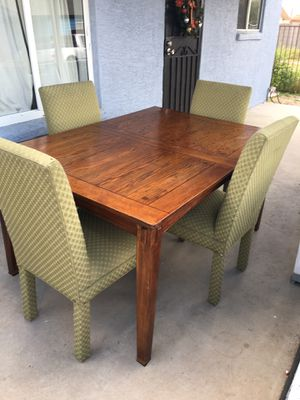 Dining table with 4 Chairs for Sale in Chandler, AZ