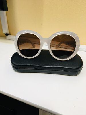 Pearl White Gucci Sunglasses for Sale in Odenton, MD