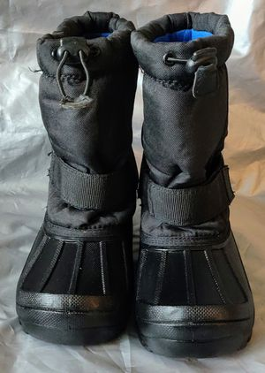 Thermolite Drawstring winter lined kids snow boots Black, size 3 for Sale in TN OF TONA, NY