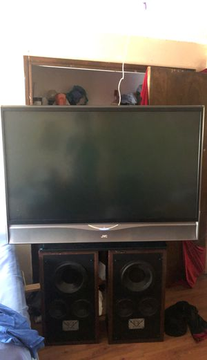 60 Inch JVC with speakers for Sale in Salem, OR