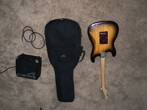 fender squier strat new strings , mini amp and gig bag for Sale in La Mesa, CA