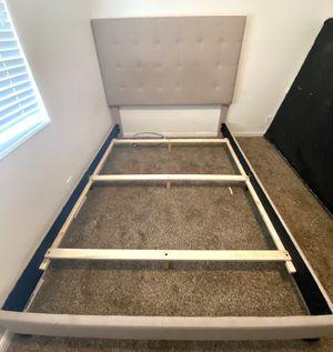 Dolante Upholstered Queen Bed for Sale in Salt Lake City, UT
