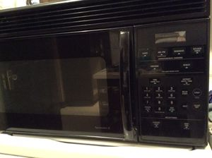 GE Undercabinet microwave for Sale in Gig Harbor, WA