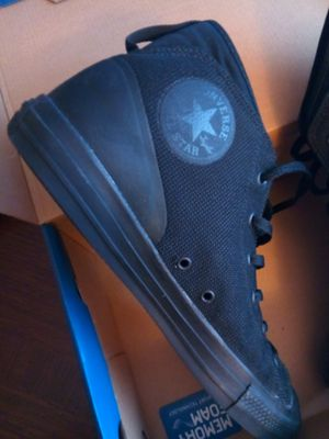 Converse Chuck Taylors black for Sale in Racine, WI