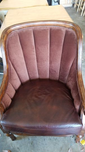 Brown sofa chair for Sale in Great Falls, VA